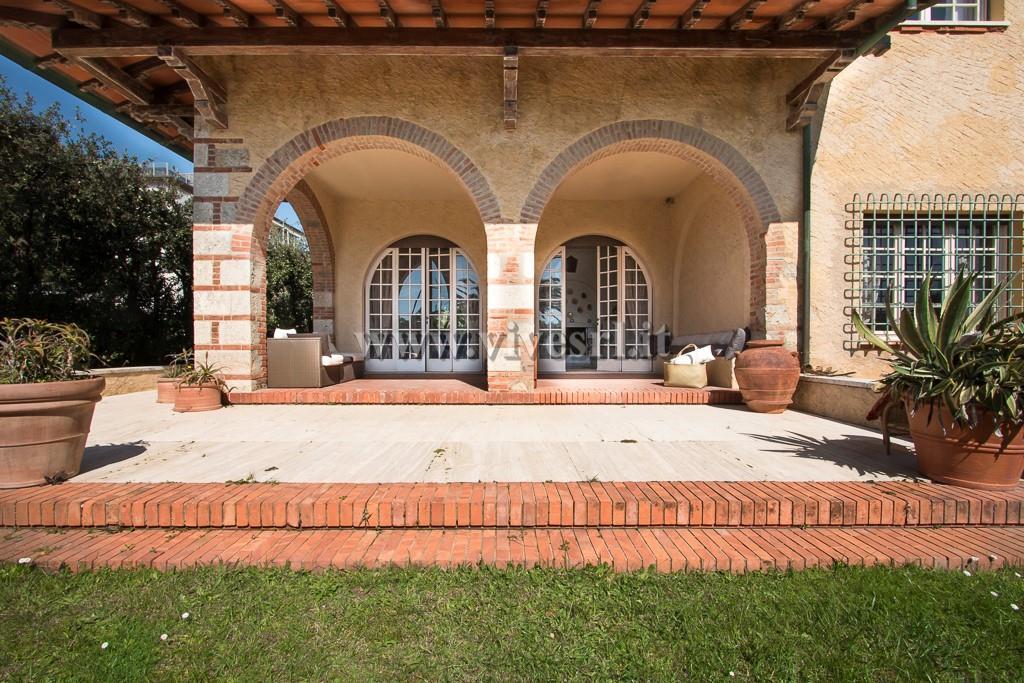 Villa singola Pietrasanta 1998