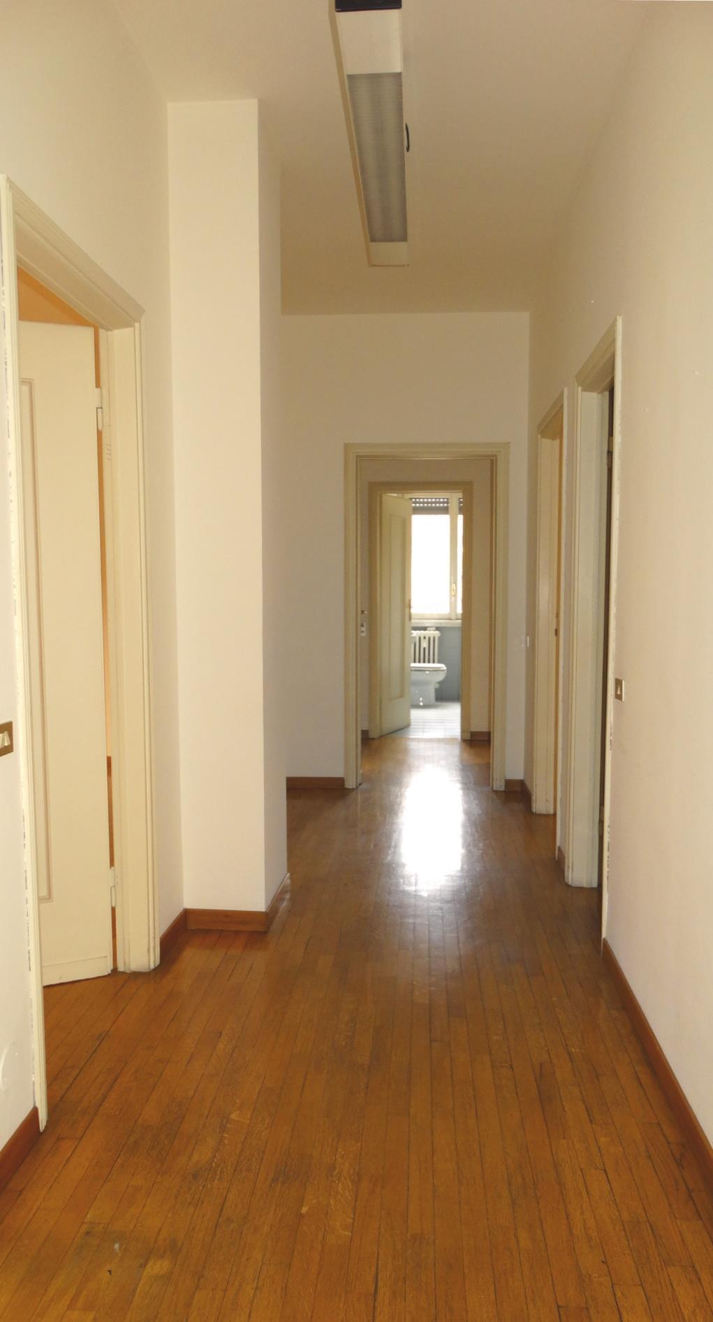 Ufficio Monza 2495