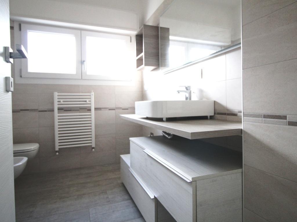 Appartamento Nibionno 5774