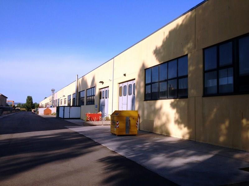 Capannone Industriale in Vendita Pesaro