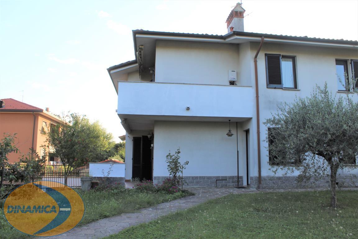 Villa singola Casatenovo 431