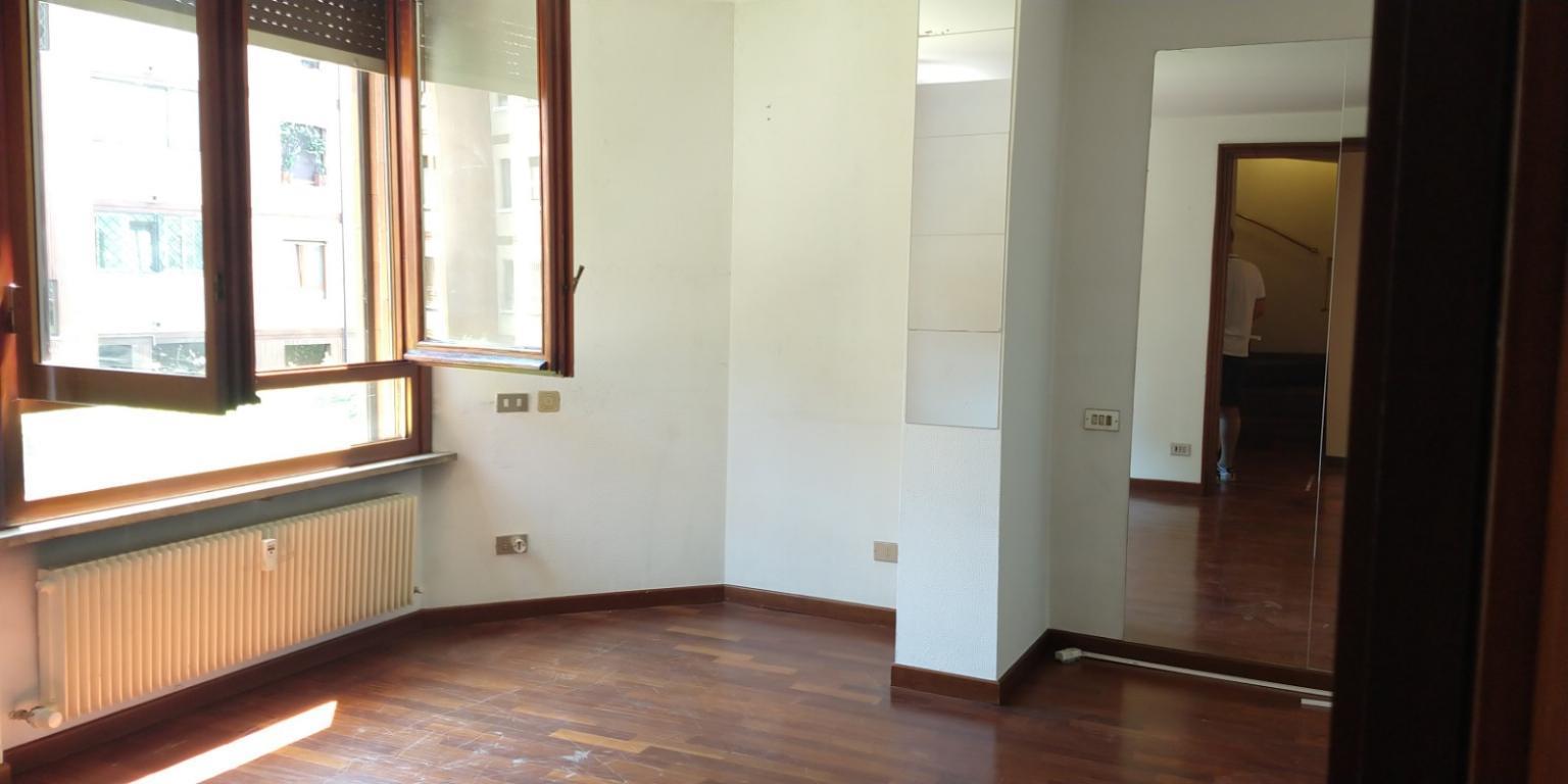 Appartamento Vedano al Lambro 2561