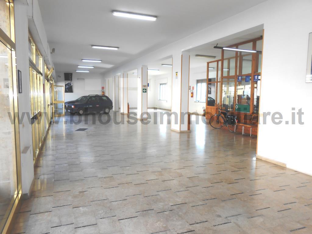 Locale Commerciale Mazara del Vallo 1098