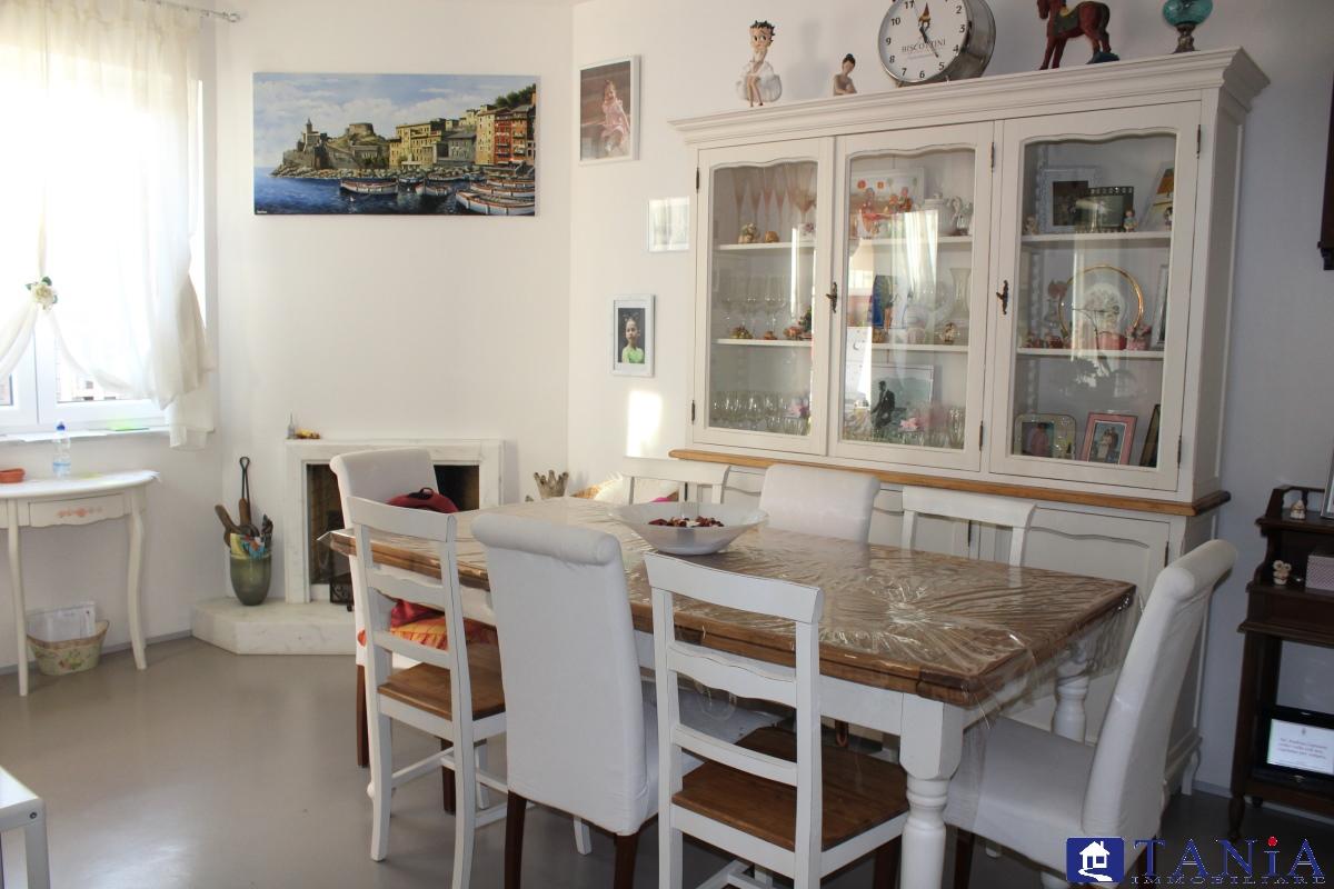 Casa Semindipendente Carrara MS1021713