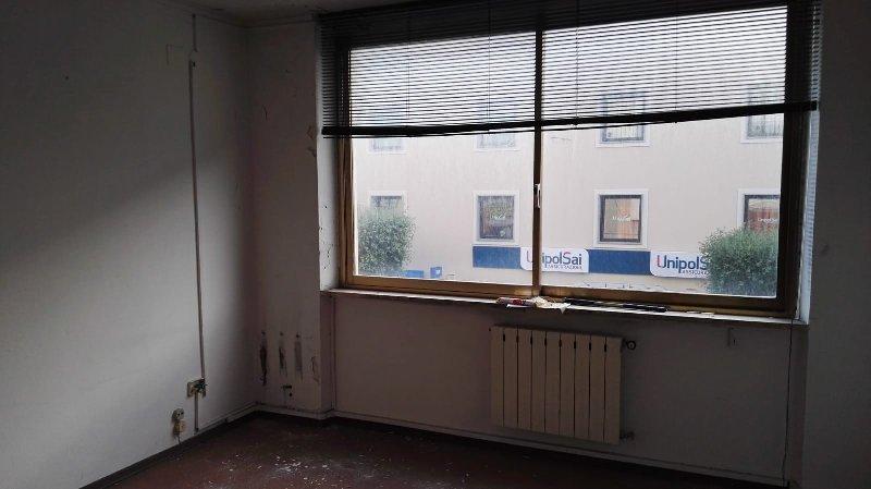 Ufficio Cecina 174LP