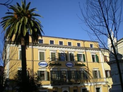 Ufficio Carrara 177LP