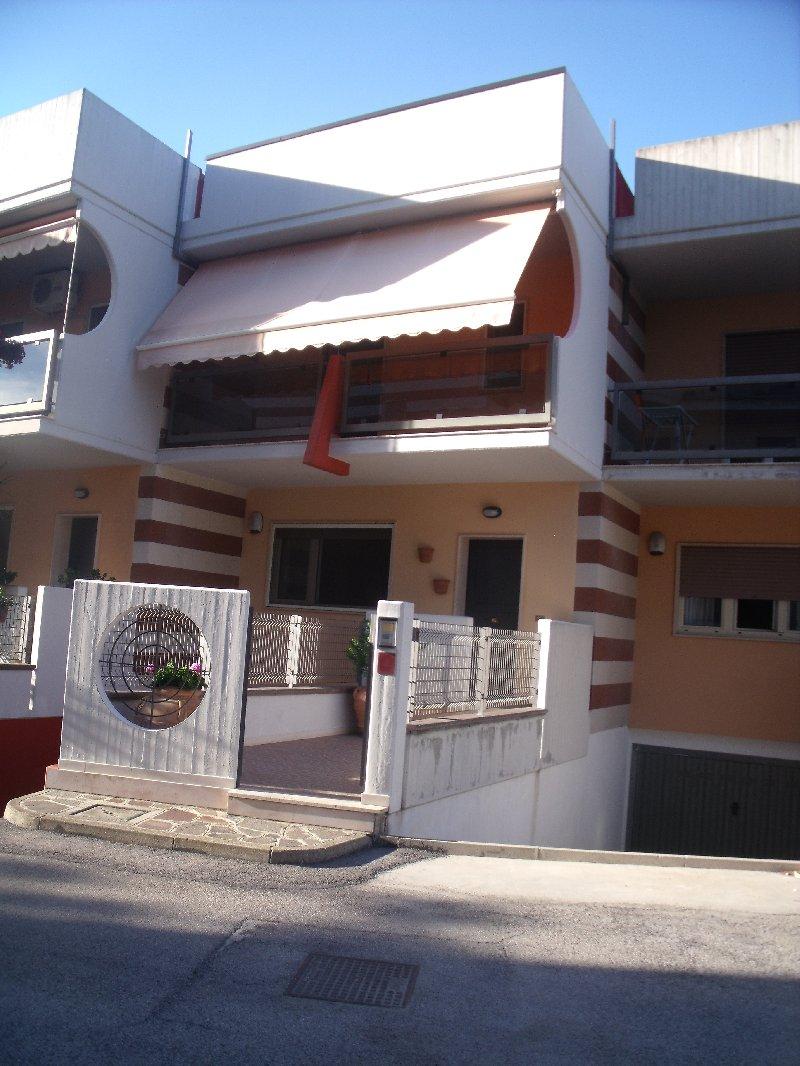 Villa a schiera Vasto 276FR