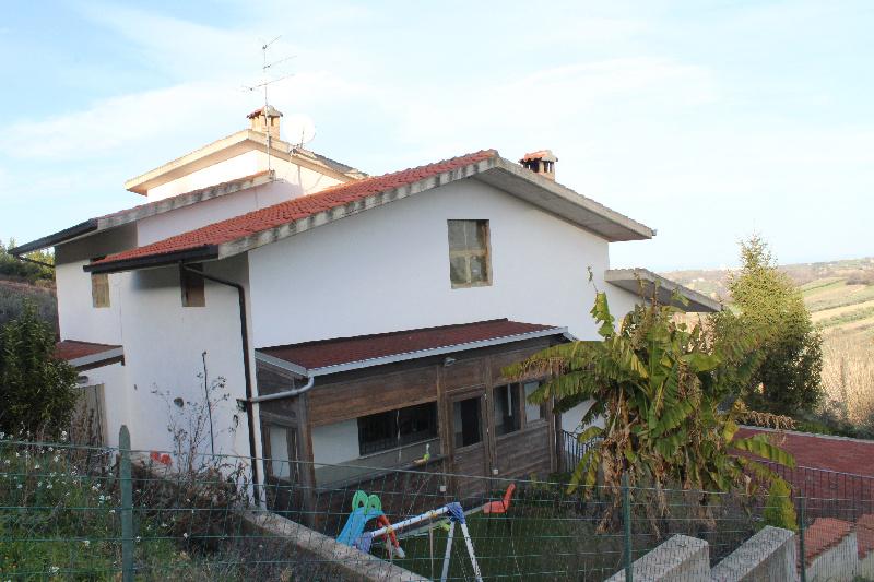 Vendita Villa o villino Monteodorisio
