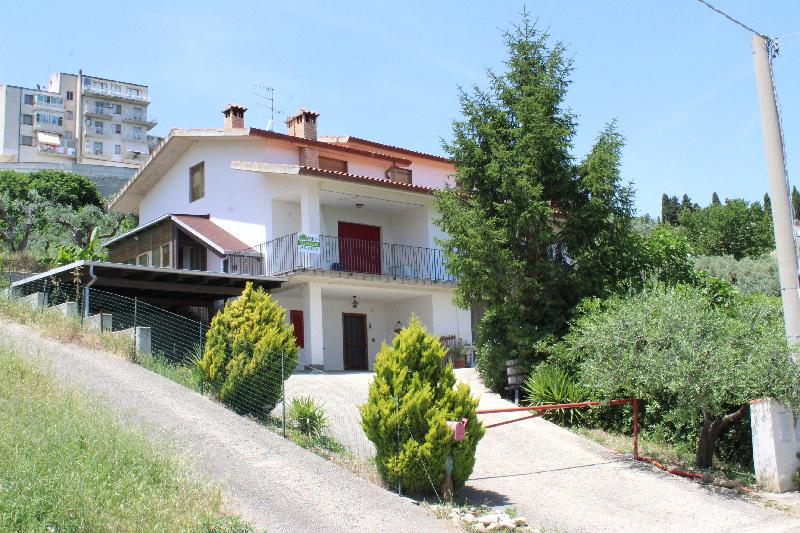 Villa o villino in Vendita Monteodorisio