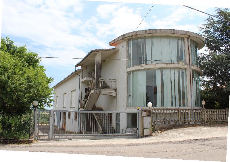 Locale Commerciale Monteodorisio 419DR