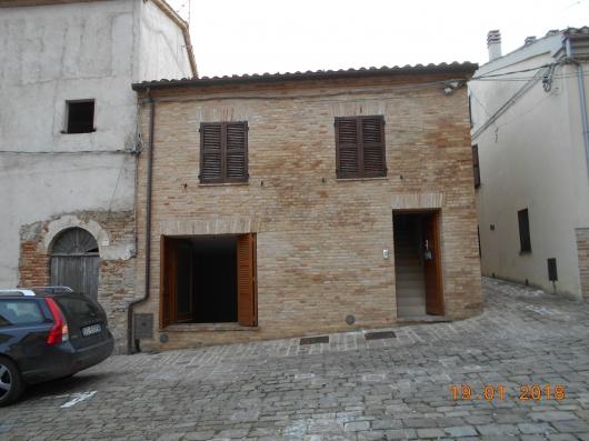 Appartamento in Affitto Castelleone Di Suasa