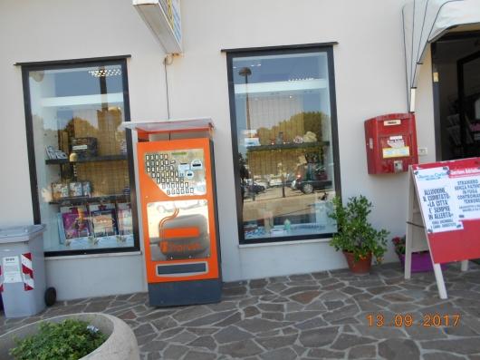 Negozio Barbara VA/BA/AVV:EDI/06