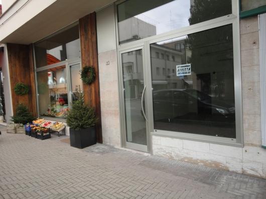 Negozio in Affitto Pordenone