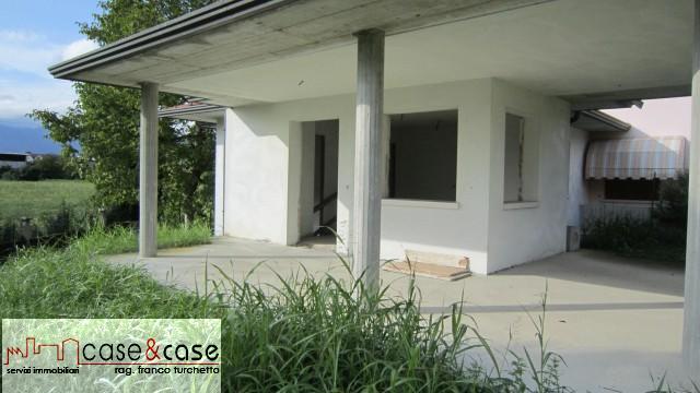 Villa a schiera Fontanafredda Sp1870853