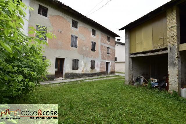 Rustico/Casale/Corte in Vendita Fontanafredda