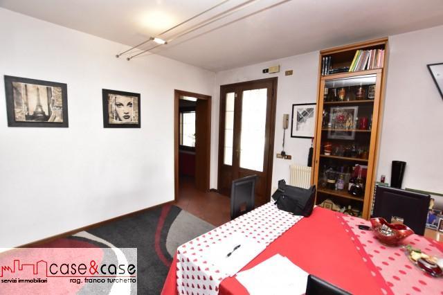 Villa a schiera Fontanafredda Sp2569002