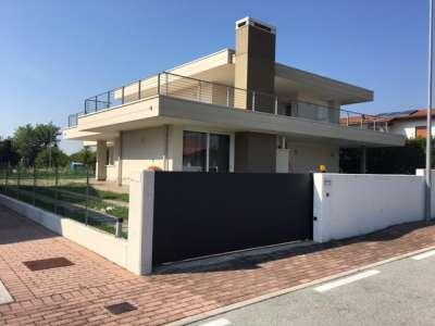 Villa singola in Vendita Roveredo In Piano