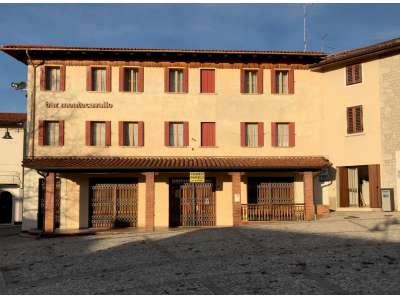 Stabile/Palazzo in Vendita Budoia
