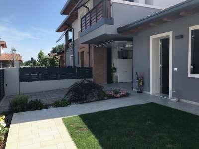 Villa a schiera Porcia Sp2427761