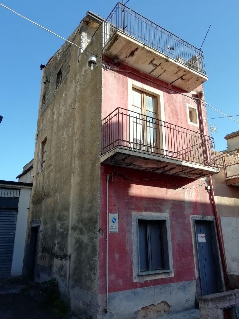 Casa Indipendente in Vendita Motta Sant'anastasia