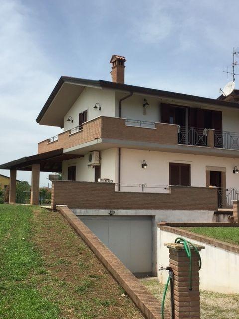Villa o villino Ferentino GAB 452ARG