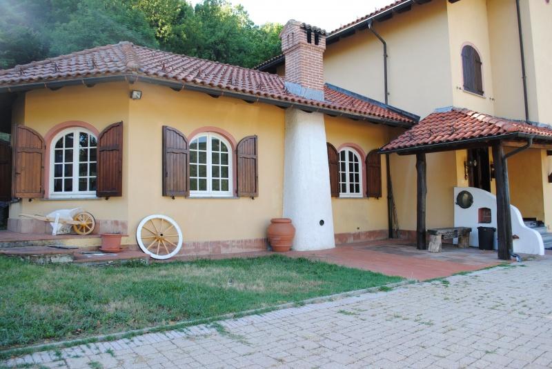 Casa Indipendente Voltaggio bed1a3bf-d00b-47b4-a