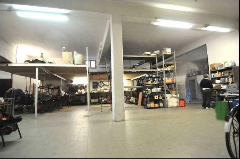 Locale Commerciale PRATO F455