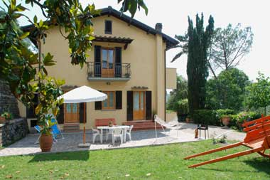 Casa Vacanze DICOMANO AMAD20