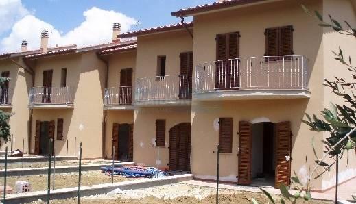 Villa a schiera in Vendita LARI