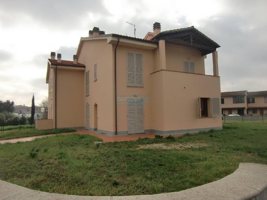 Vendita Casa Semindipendente CRESPINA