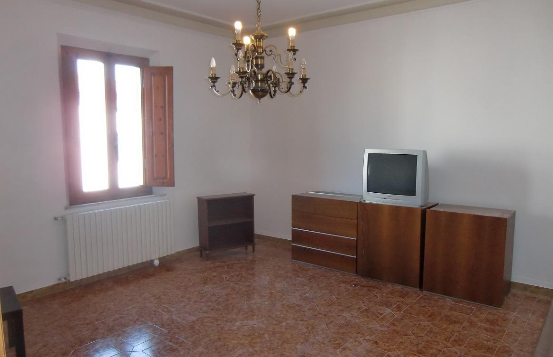 Vendita Appartamento CRESPINA