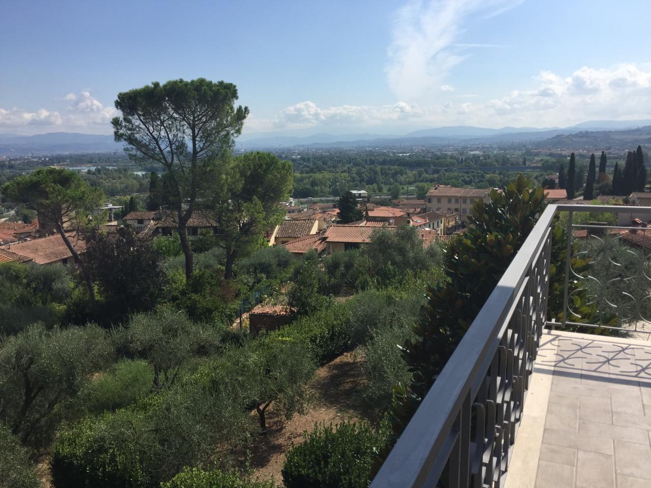 Vendita Villa bifamiliare SIGNA