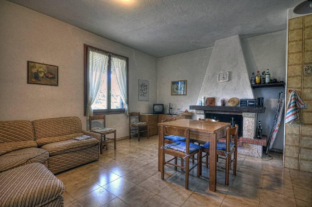 Casa Affiancata CAPOLIVERI CI323