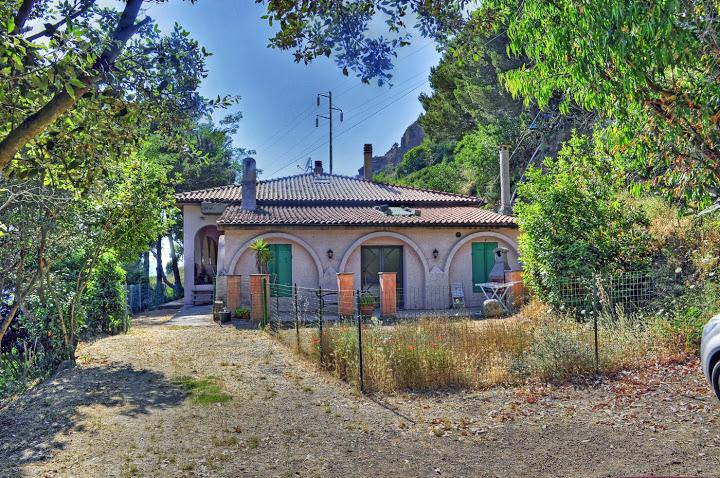 Casa Indipendente in Vendita PORTOFERRAIO