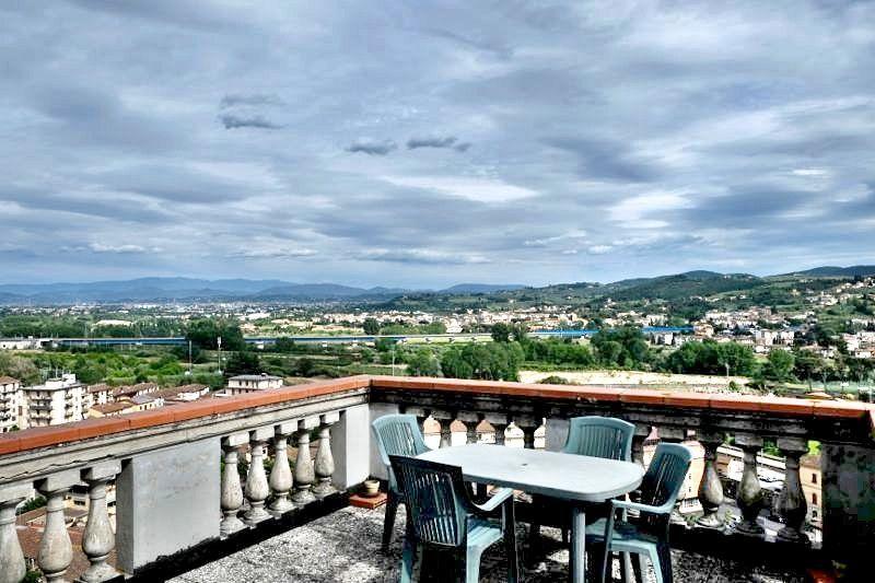 Villa bifamiliare in Vendita SIGNA