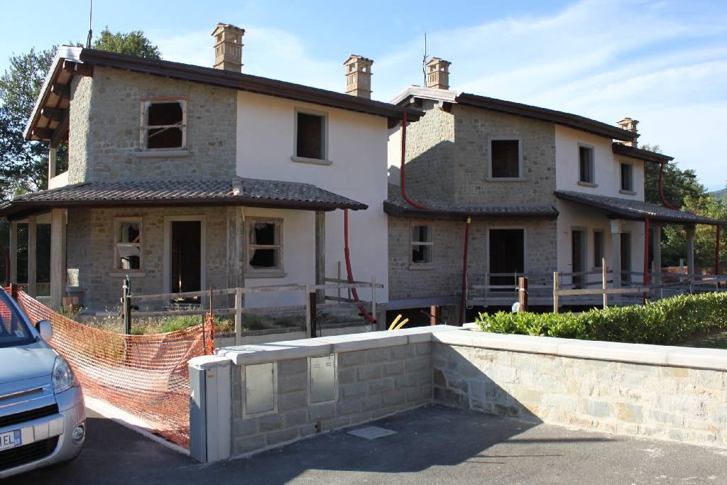 Villa bifamiliare in Vendita BIBBIENA