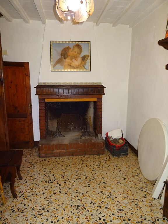 Casa Indipendente CASTEL FOCOGNANO 189C