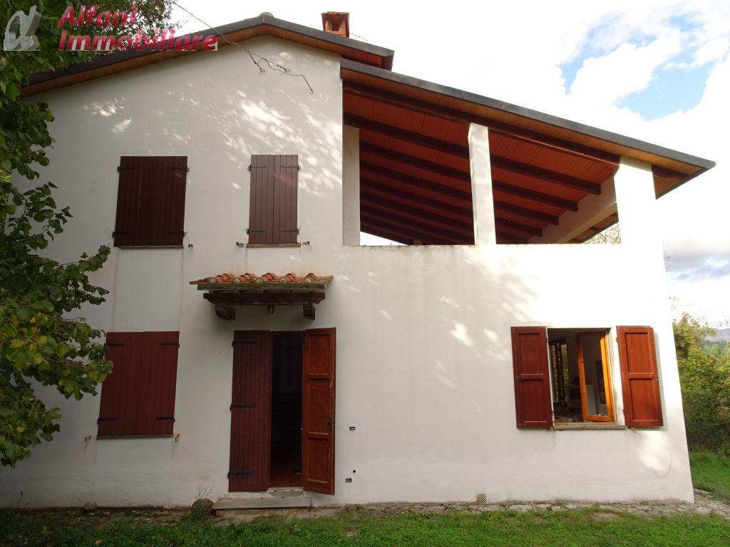 Villa o villino in Vendita CASTEL SAN NICCOLO'