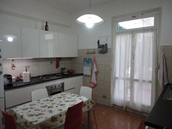 Appartamento in Vendita GENOVA