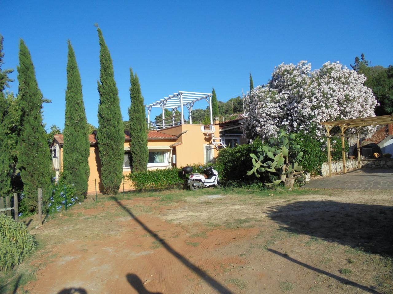 Villa singola in Vendita CAPOLIVERI
