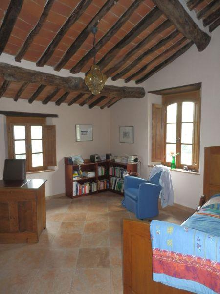 Stabile/Palazzo CALCI TI-467