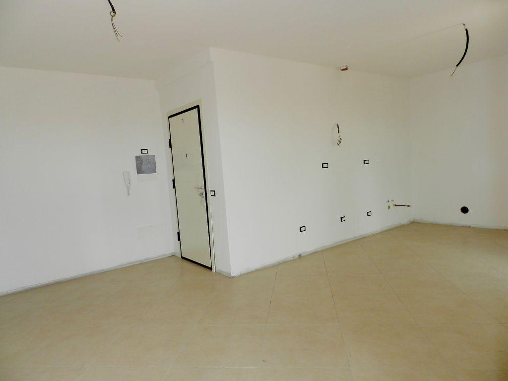 Appartamento ROSIGNANO MARITTIMO R0451