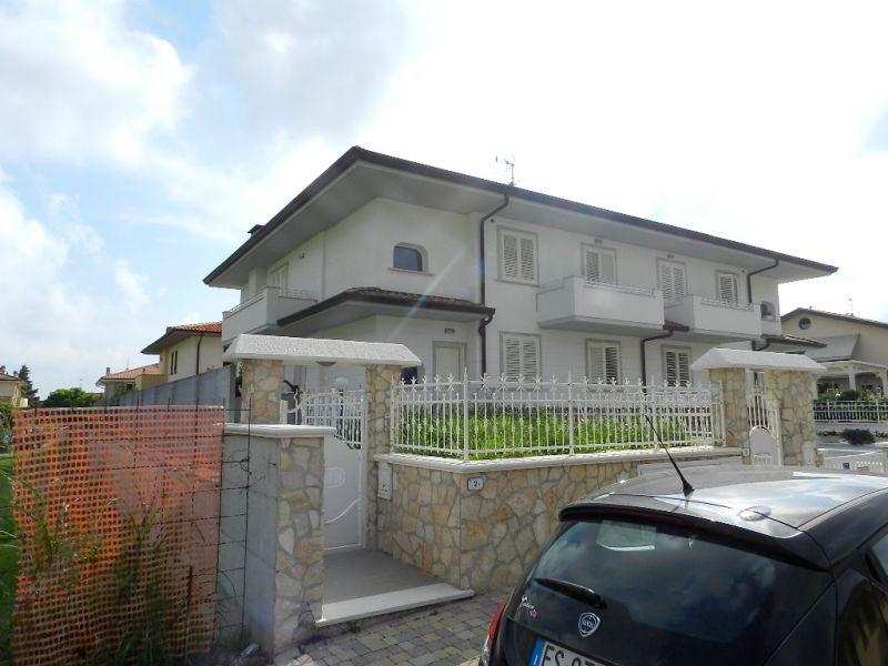 Appartamento ROSIGNANO MARITTIMO R0536
