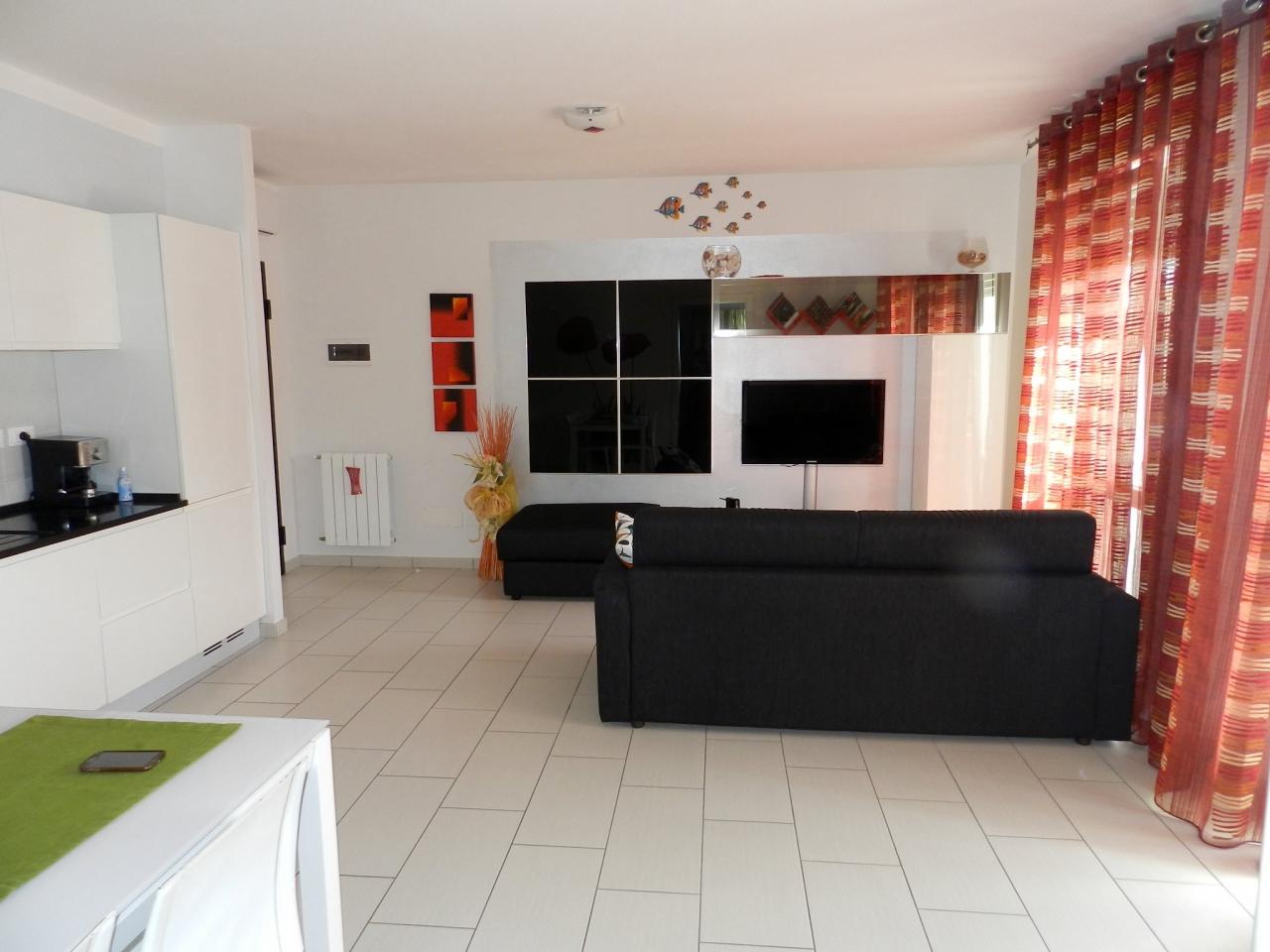 Appartamento ROSIGNANO MARITTIMO R0889