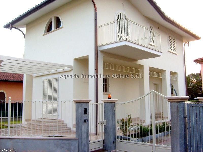 Villa singola MASSA SV244