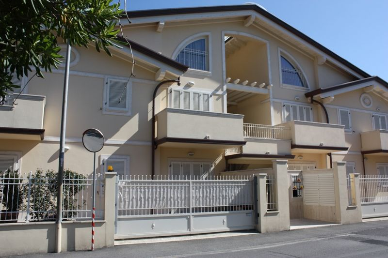 Appartamento MASSA AC236