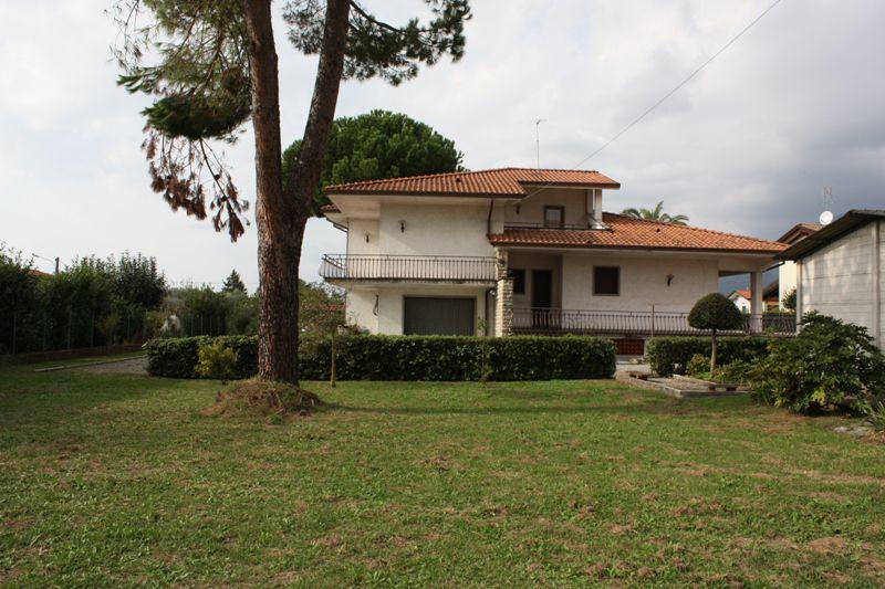 Villa singola MONTIGNOSO SV305