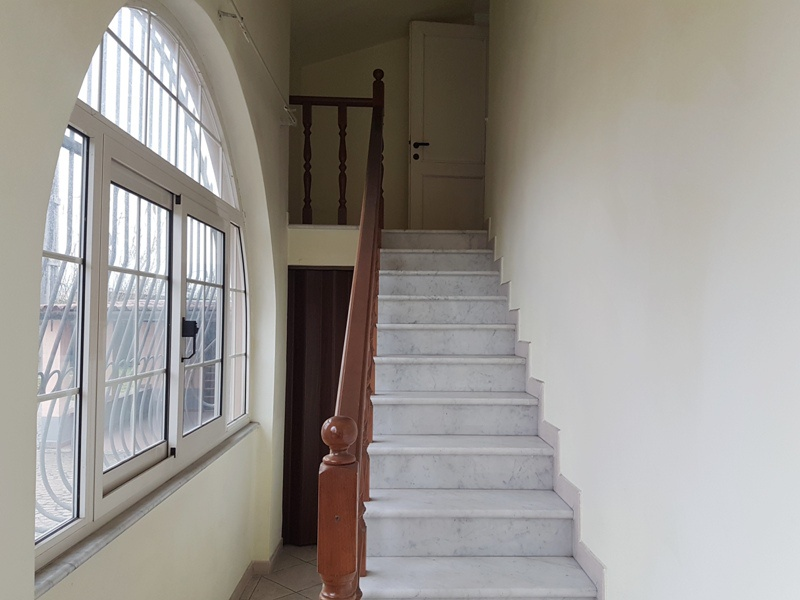 Casa Semindipendente MASSA VS402