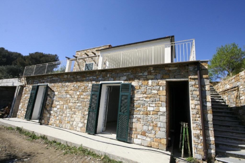 Villa singola IMPERIA R/494