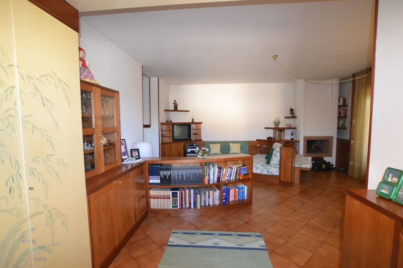 Appartamento CHIESINA UZZANESE 2168